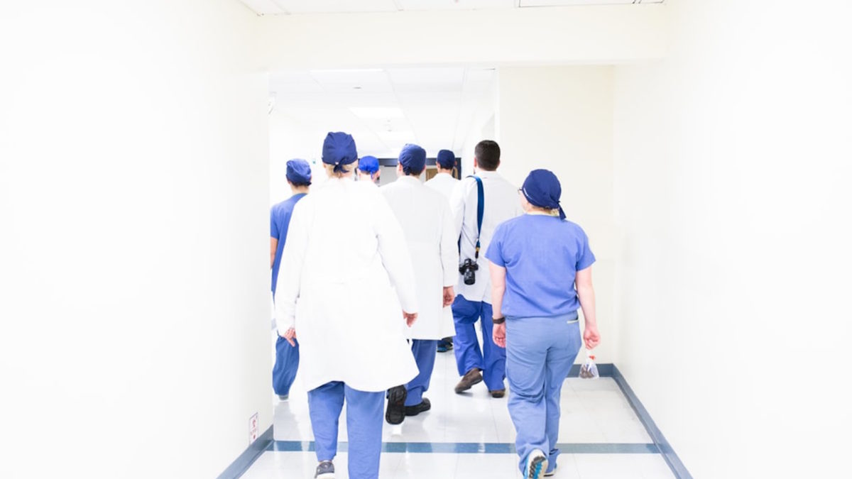 #StateACasaNostra: affitti brevi gratuiti per medici e infermieri