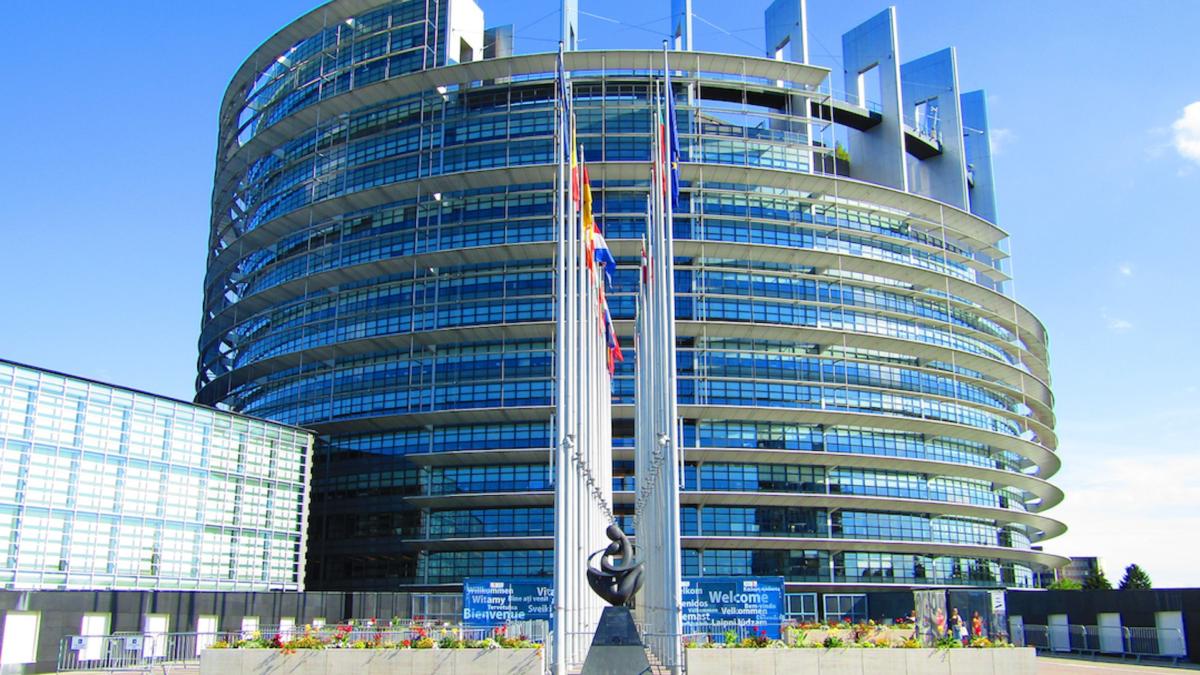 Approvato il nuovo regolamento europeo su equity e lending crowdfunding